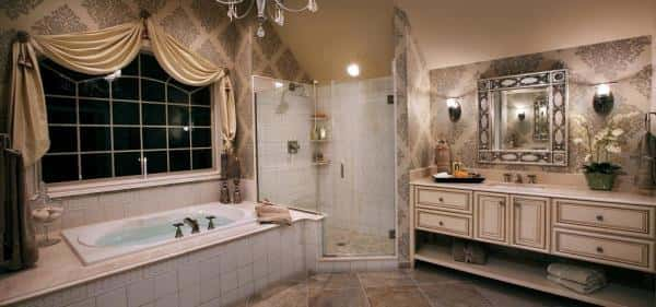 A bathroom designed to fit the French description of a lovely white and beige decorated bathing area