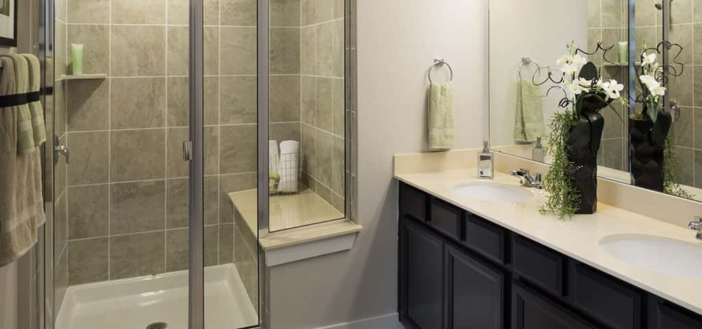 At Highmark, Meritage Homes strives to make customization easy for you in order to provide you with a townhome that suits your needs. Prefer a bubble bath to a shower? They'll help you swap that shower for a garden tub.<br /> <br /> With a water closet for extra privacy, a linen closet for storage and numerous faucet and fixtures options on select homesites, it's easy to find comfort and personalize to perfection.<br /> <br /> PHOTO COURTESY OF<br /> Meritage homes
