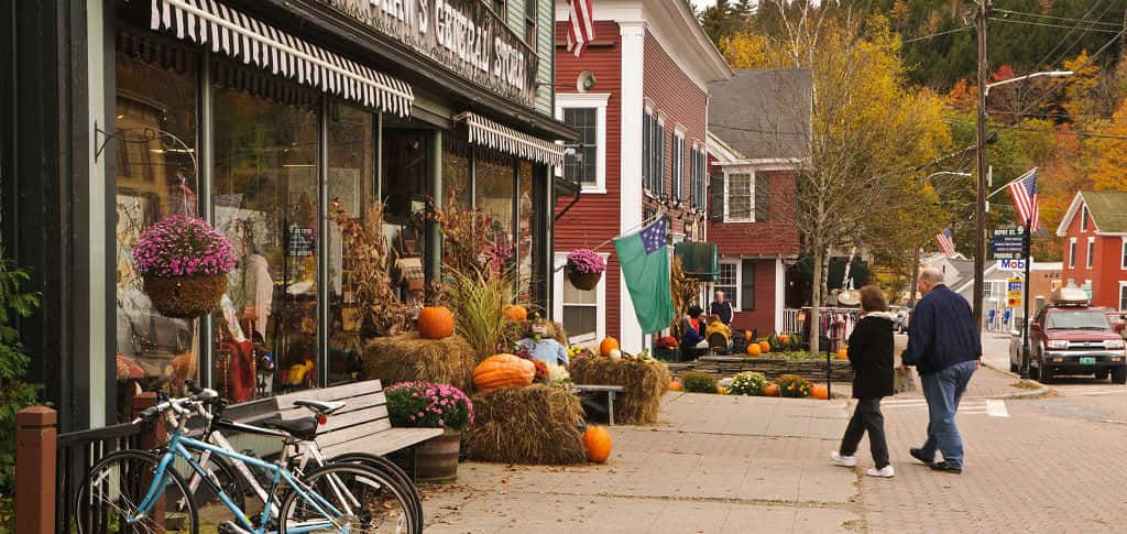 <p>Small-town life can seem like a dream after living in or around a city. Small towns are the backbone of the American Dream. The slower pace and friendly neighbors can be a respite after the hustle-and-bustle of working the nine-to-five for years. Does this sound like your dream retirement life?<br /> <br /> <strong>Pros: </strong>Slower pace of life, less crime, no waiting in line for a table at a restaurant, lower cost of living and cost of property, less traffic and pollution, tighter-knit community.</p> <p> <br /> <strong>Cons</strong>: Limited entertainment and dining, limited shopping options, fewer social interactions, fewer quality medical and emergency services, everyone knows your business.</p>