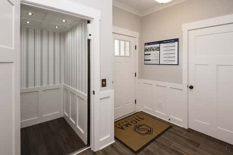 Elevators in new homes are on the rise for Simple home elevators